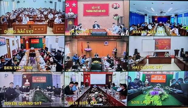 Minister warns of possible new COVID-19 wave hinh anh 2