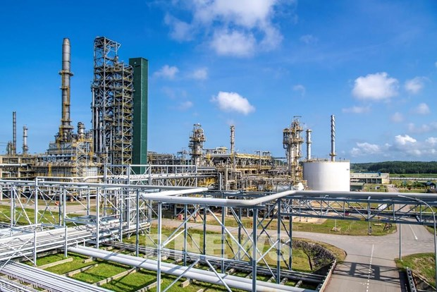 Binh Son refinery company surpasses production and financial targets in Q1 hinh anh 1