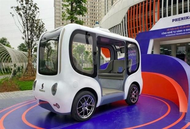 Vietnam's first autonomous vehicle debuts hinh anh 1