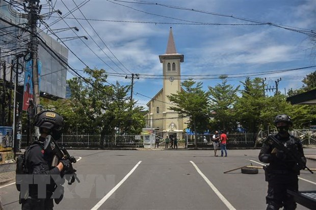 Indonesian police seize explosives related to church attack on Sulawesi island hinh anh 1