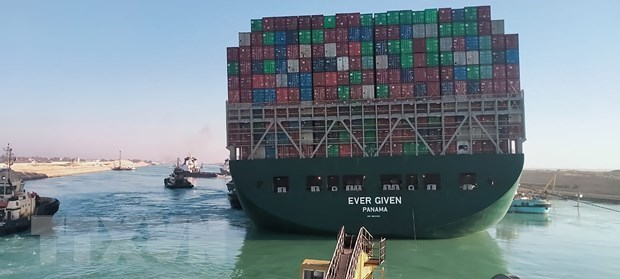 Suez Canal blockage may affect some of Vietnamese businesses hinh anh 1