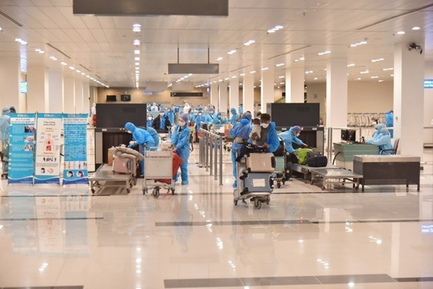 Vietnam records three imported COVID-19 cases hinh anh 1