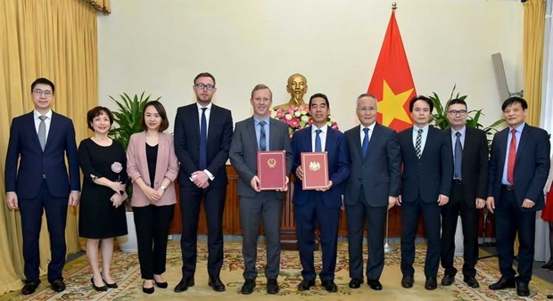 Vietnam-UK trade deal to officially take effect from May hinh anh 1