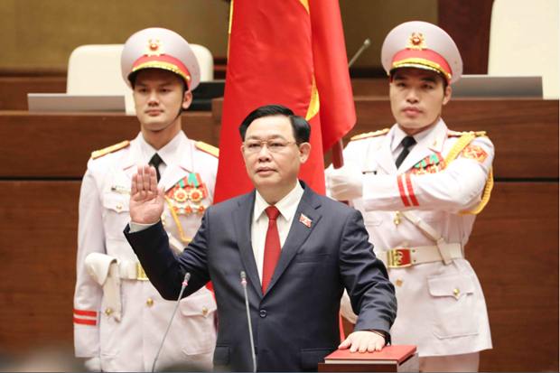 Vuong Dinh Hue elected as Chairman of NA, National Election Council hinh anh 2