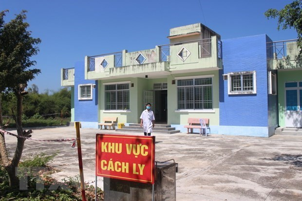Three foreigners entering Vietnam illegally quarantined hinh anh 1