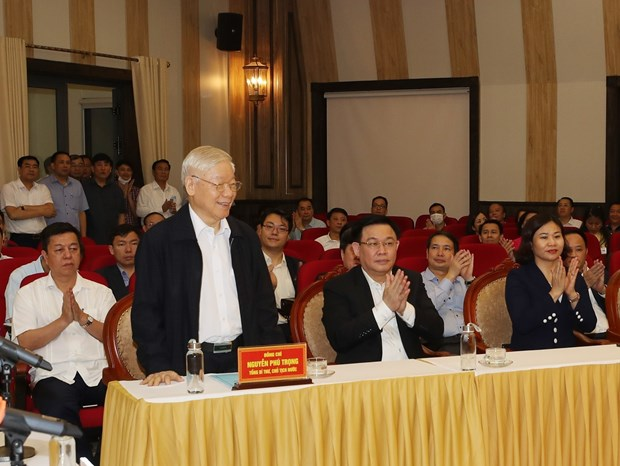 Top leader vows utmost efforts if elected to 15th NA hinh anh 1