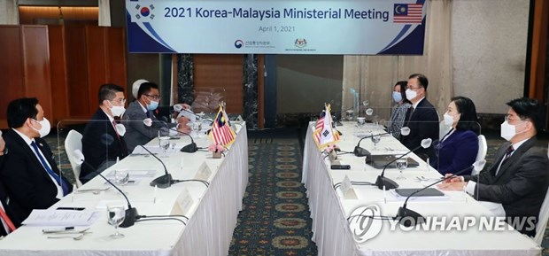 RoK, Malaysia agree to expand bilateral exchanges hinh anh 1