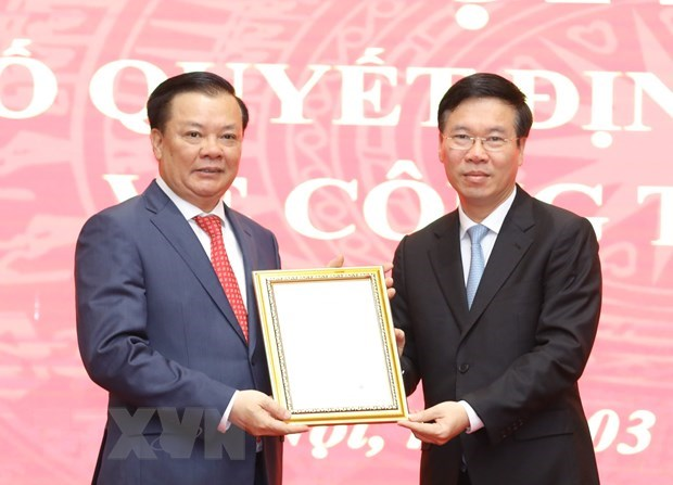 Politburo member Dinh Tien Dung assigned as Secretary of Hanoi Party Committee hinh anh 1