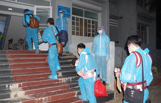 Vietnam records three more COVID-19 cases hinh anh 1