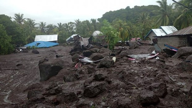 More than 70 dead in Indonesia, Timor-Leste floods hinh anh 1