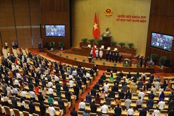 Vietnam will continue making new miracles: new State President hinh anh 2