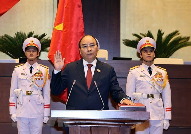 Congratulations come to newly-elected Vietnamese leaders hinh anh 1