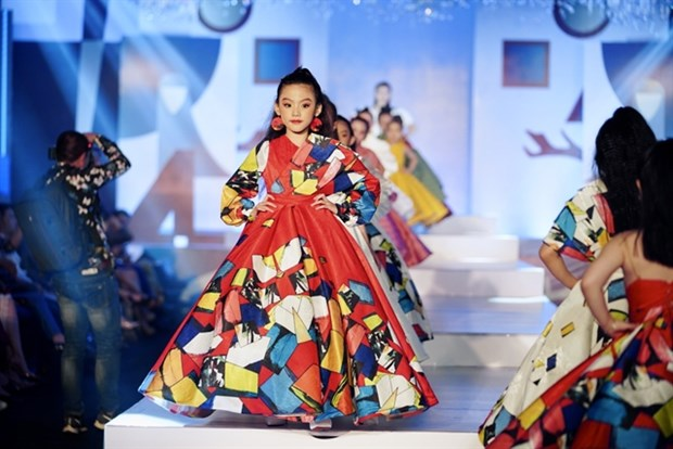 Child models to strut their stuff in Hanoi hinh anh 1