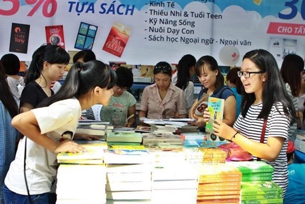 Various activities planned to celebrate 8th Vietnam Book Day hinh anh 1