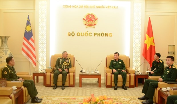 Vietnam, Malaysia seek to promote defence cooperation hinh anh 1