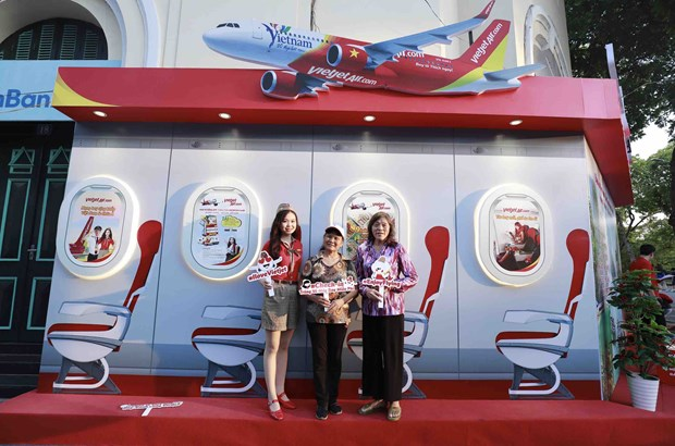 Vietjet to join hands with Hanoi to stimulate tourism hinh anh 1