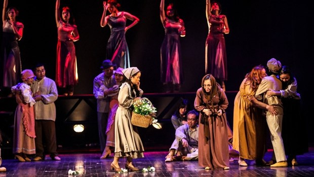 French musical 'Les Miserables' tours across Vietnam hinh anh 1