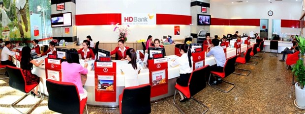 HDBank profit up 67.8% in Q1, income from services doubles hinh anh 1