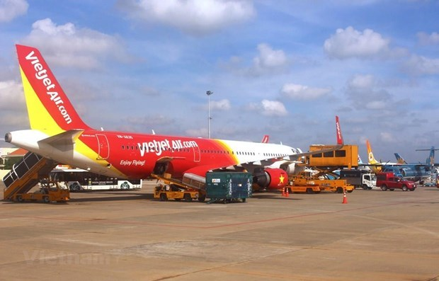 Vietjet connects Phu Quoc with Thanh Hoa, Da Lat, Nha Trang, Hue, Can Tho hinh anh 1