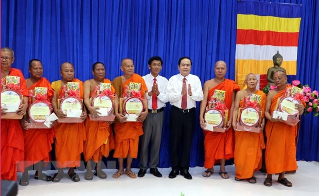 Khmer people in Soc Trang ready for Chol Chnam Thmay hinh anh 1