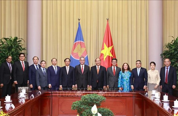 State President hosts ASEAN diplomats in Hanoi hinh anh 1