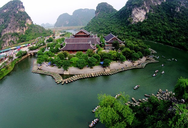 Ninh Binh gearing up for grand opening of Visit Vietnam Year 2021 hinh anh 1