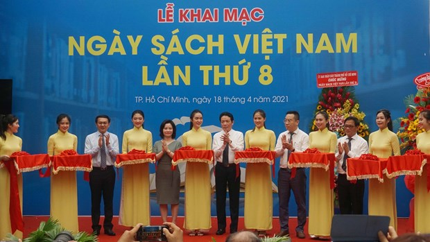 8th Vietnam Book Day kicks off in HCM City hinh anh 1