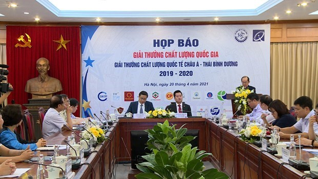 National, Asia-Pacific quality awards to be presented this weekend hinh anh 1