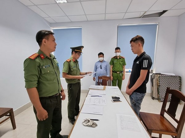 Da Nang starts legal proceeding against illegal entry organisers hinh anh 1