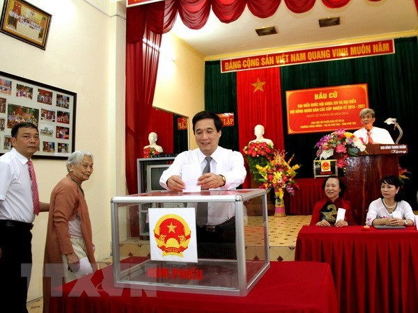 Voters to choose 500 out of 868 candidates for 15th NA hinh anh 2