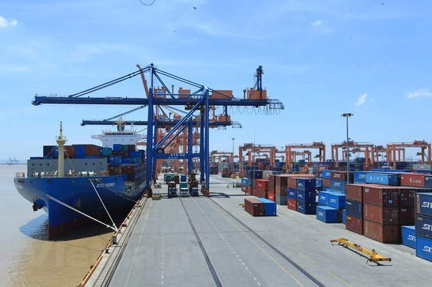 Vietnam racks up nearly 1.9 billion USD in trade surplus in four months hinh anh 1