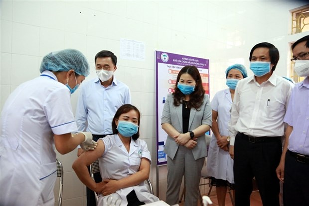 Ministry of Health updates COVID-19 treatment regimen hinh anh 1