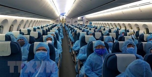 Coordination underway to arrange repatriation flights for Vietnamese citizens in India hinh anh 1