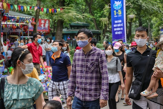 Hanoi requires returnees to make health declaration after public holiday hinh anh 1