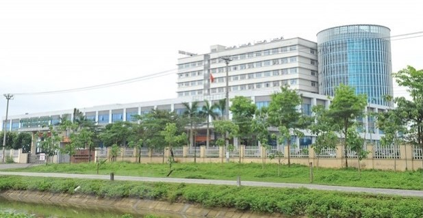 Eight more cases of COVID-19 recorded at Hanoi-based hospital hinh anh 1