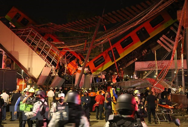 Vietnam sends condolences to Mexico over subway overpass collapse hinh anh 1