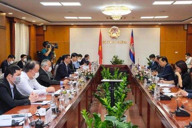 Vietnam, Cambodia lift trade ties hinh anh 1