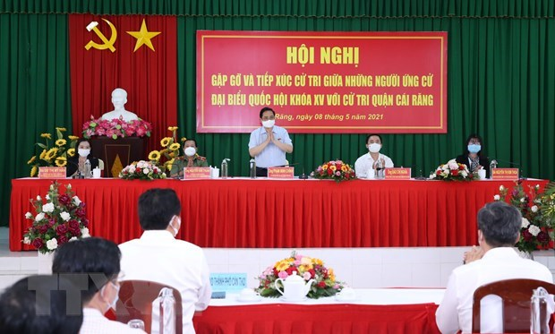 PM promises voters to work hard for stronger national development hinh anh 2
