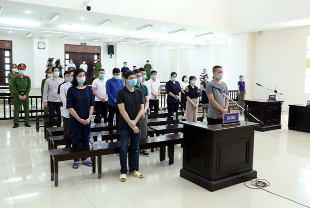 Defendants in Nhat Cuong Company smuggling case jailed hinh anh 1