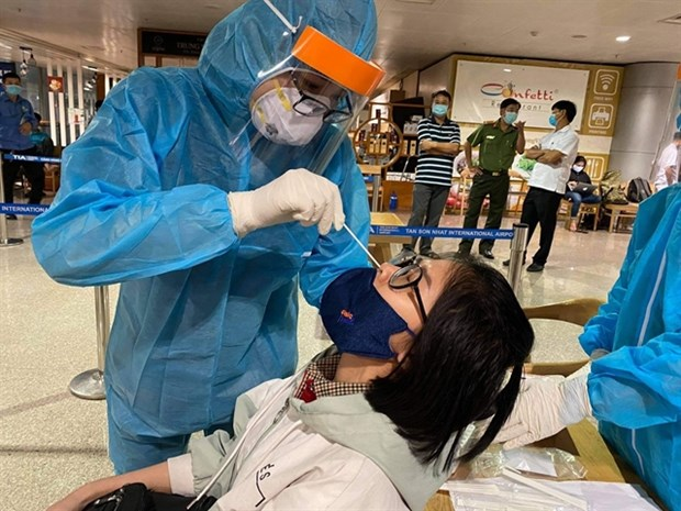 HCM City braces for possible COVID outbreak hinh anh 1