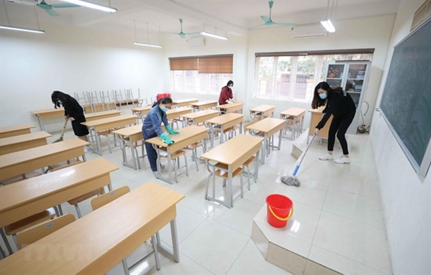More than 30 localities keep school closures, exams to be flexible hinh anh 1