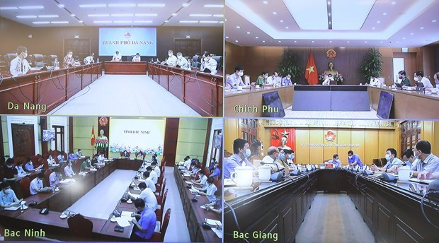 Deputy PM stresses prevention of COVID-19 transmission in IPs hinh anh 3