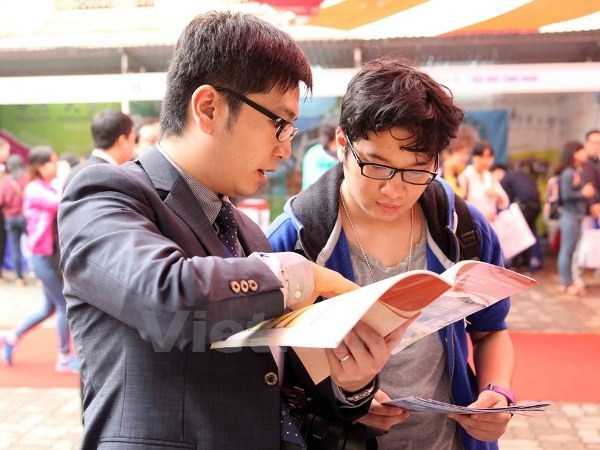 US mission to Vietnam seeks candidates for YSEALI Academic Fellowship hinh anh 1