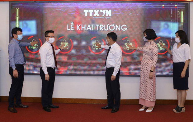 Vietnam News Agency debuts special news website on elections hinh anh 2
