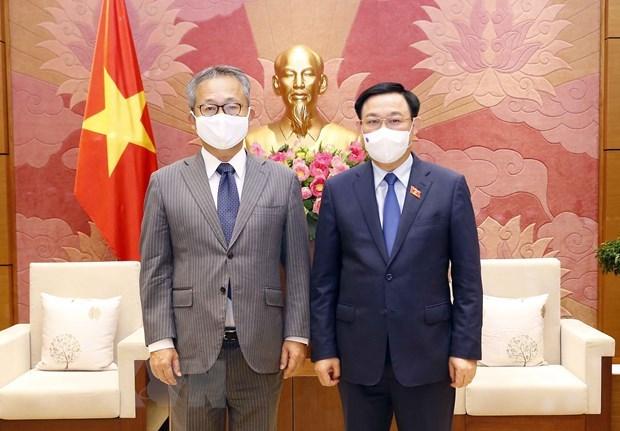 Top legislator hosts Japanese Ambassador hinh anh 1