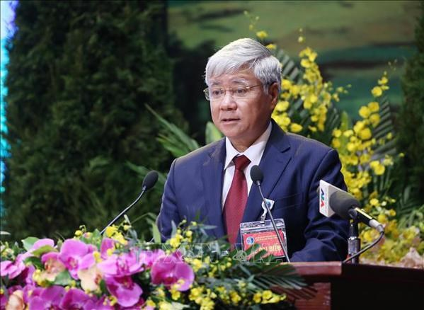 VFF leader extends congratulations to Buddhist followers on Buddha's birthday hinh anh 2