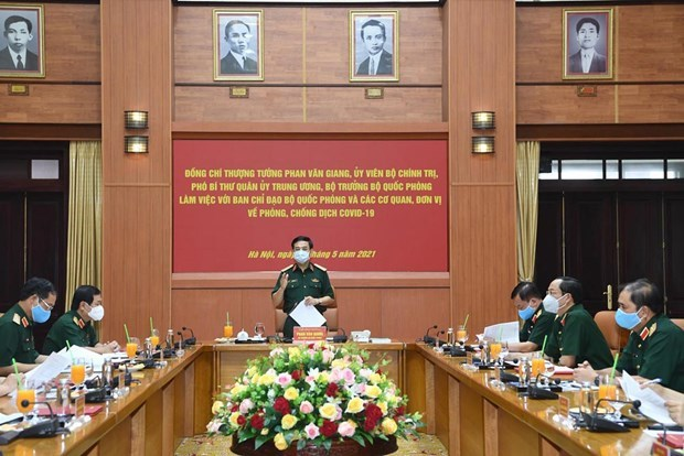 Army to support localities in fight against COVID-19: Minister hinh anh 1