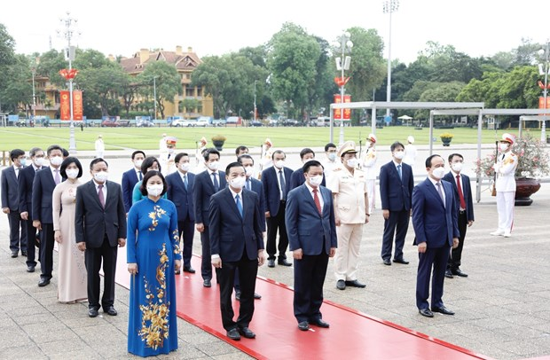 Leaders pay tribute to President Ho Chi Minh on birth anniversary hinh anh 3