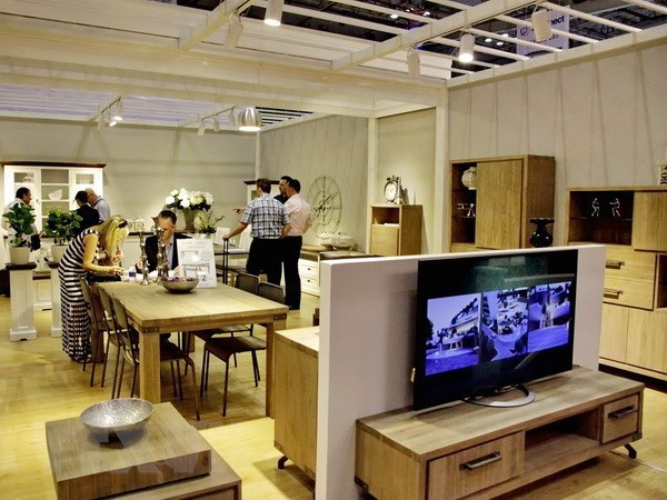 US importers interested in made-in-Vietnam furniture hinh anh 1
