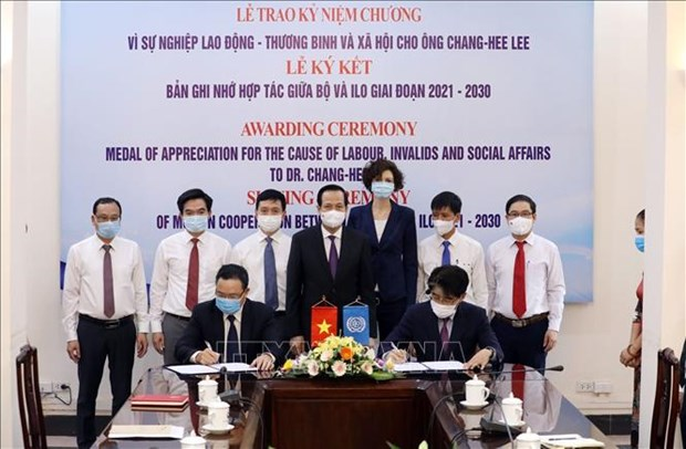ILO, MoLISA beef up cooperation hinh anh 1
